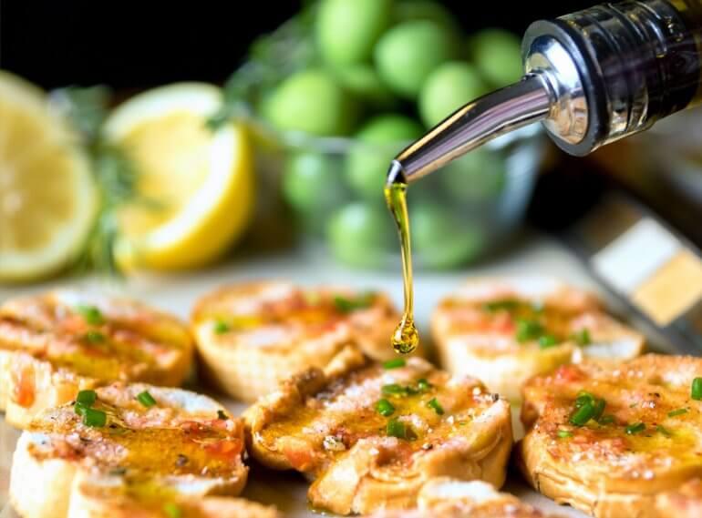 Cucinare con l olio extravergine olivyou magazine for Cucinare x celiaci